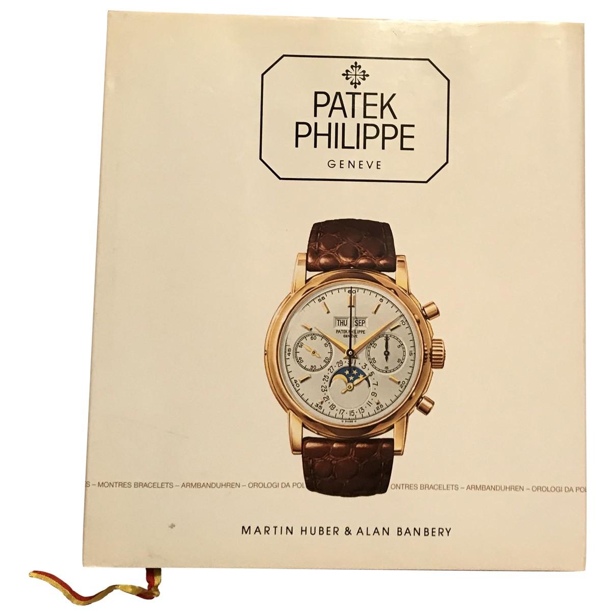 Patek Philippe - Mode   pour lifestyle en bois - blanc