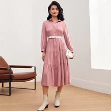 Mehrschichtiges Kleid mit Knopfen vorn ohne Guertel