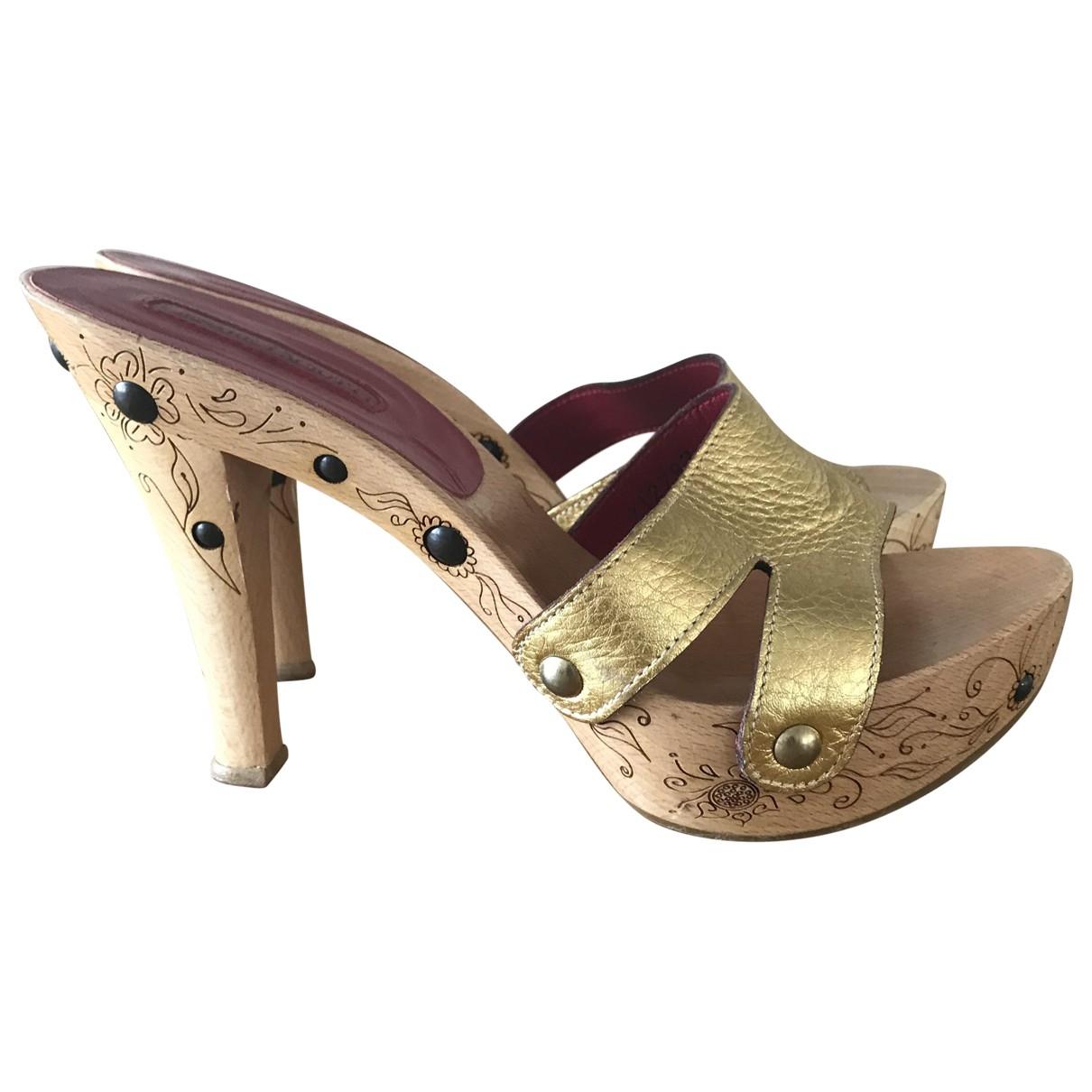 Cesare Paciotti \N Gold Leather Sandals for Women 37 EU