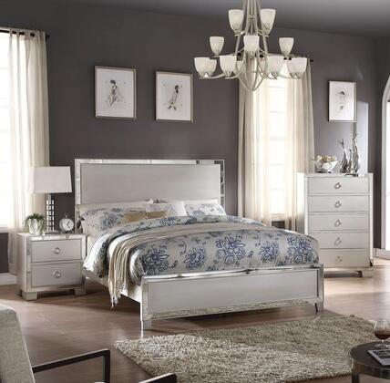 Voeville II Collection 24840Q3SET 3 PC Bedroom Set with Queen Size Bed  Chest and Nightstand in Platinum