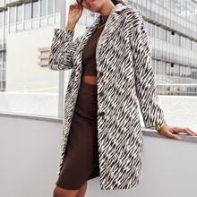 Mantel mit eingekerbtem Kragen und Zebra Streifen
