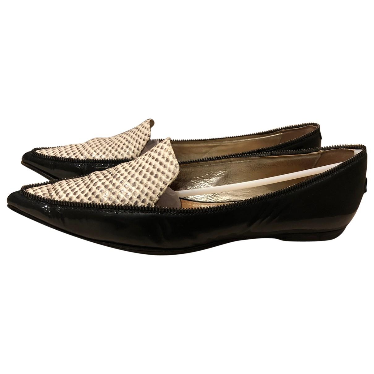 Jimmy Choo \N Black Patent leather Flats for Women 34.5 EU