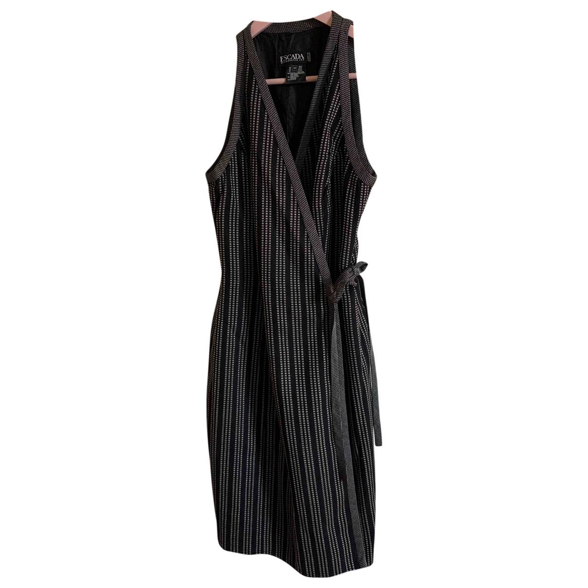 Escada \N Kleid in  Schwarz Wolle