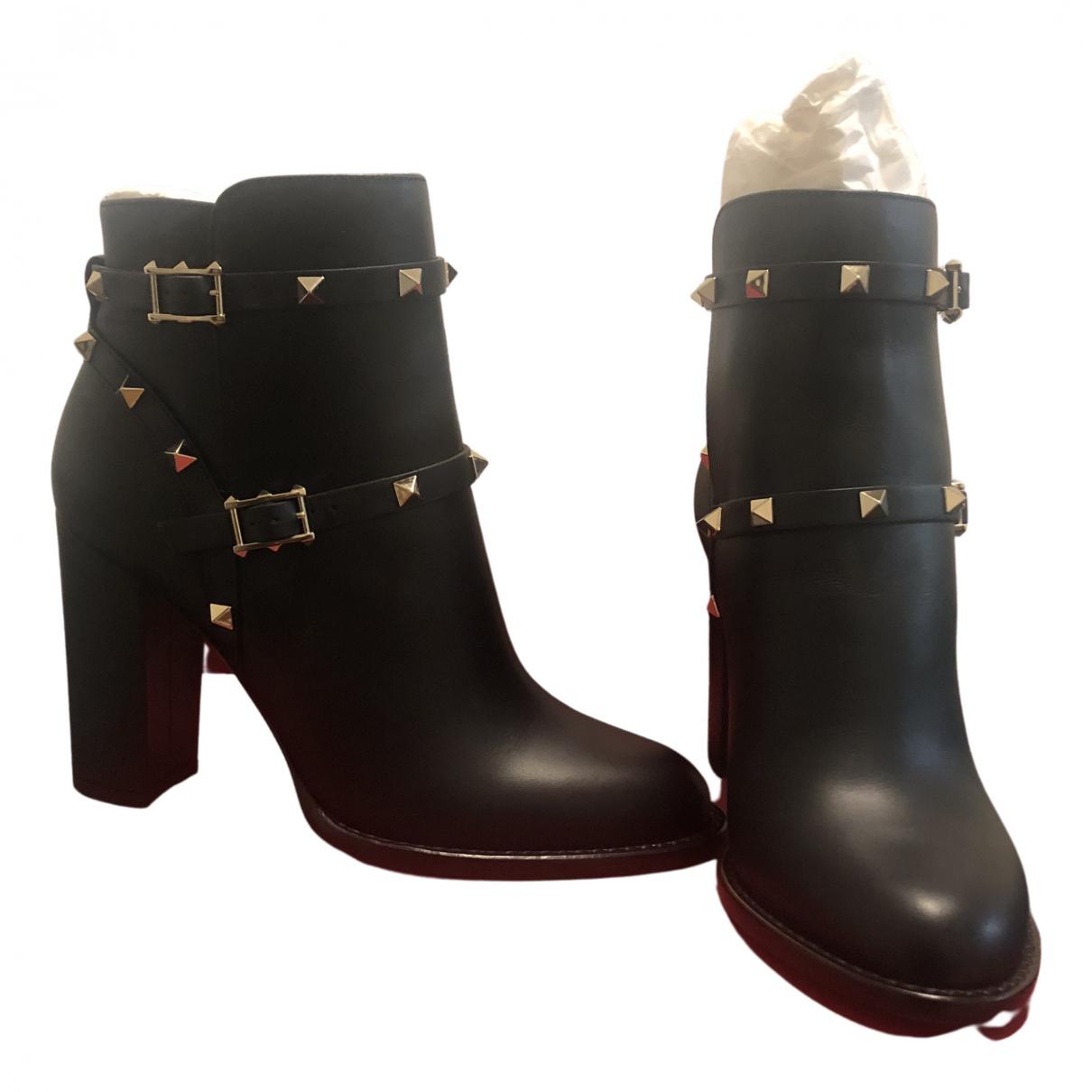 Valentino Garavani - Boots Rockstud pour femme en cuir - noir
