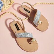 Sandalias de niñitas con aro de dedo con perla artificial