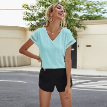 Solid Hollow Out Lace Trim V-Neck Tee
