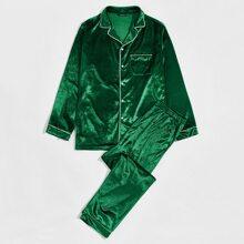 Conjunto de pijama camisa de terciopelo con bolsillo delantero ribete en contraste de cuello V con pantalones