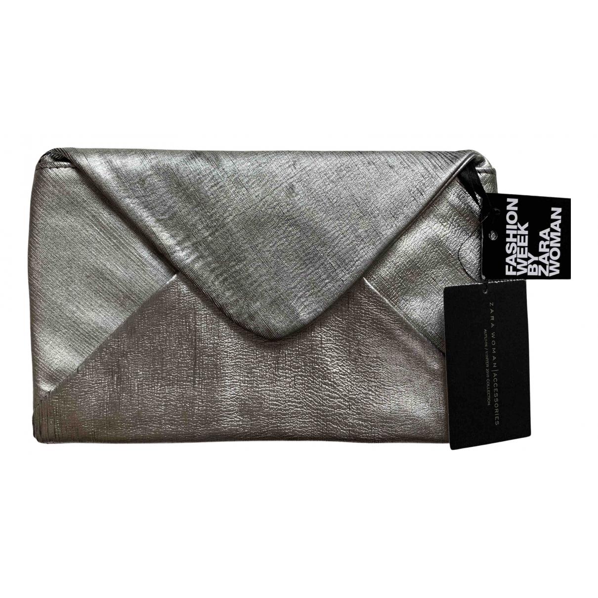 Zara \N Clutch in  Silber Leder