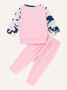 Baby Girl Contrast Camo Sweatshirt & Pants