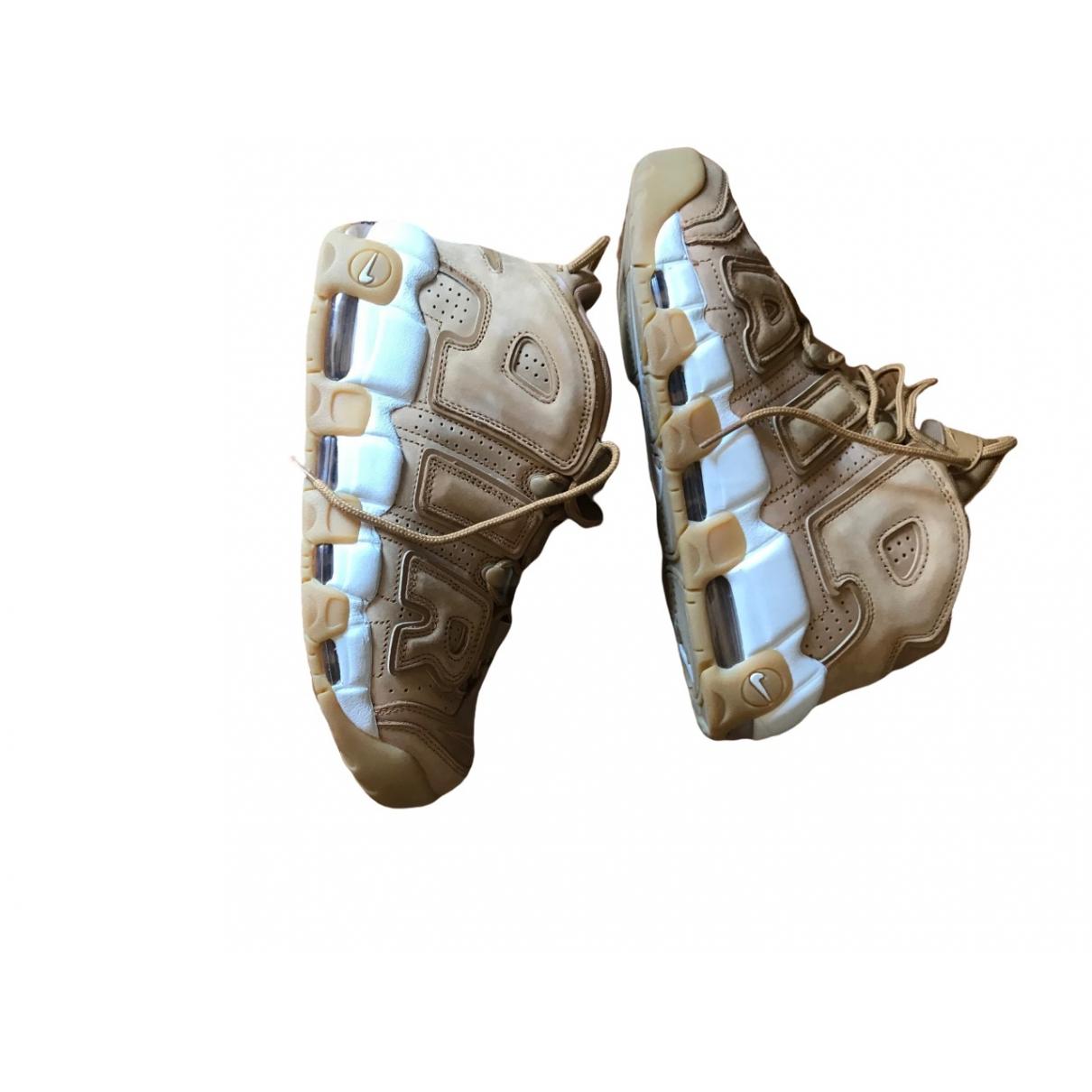 Nike - Baskets Air More Uptempo pour femme en cuir - camel
