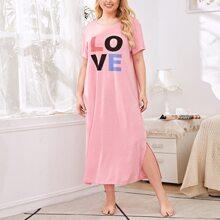 Plus Letter Graphic Split Hem Night Dress