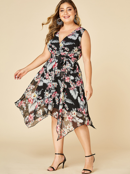 YOINS Plus Size Black Floral Print Deep V Neck Dress