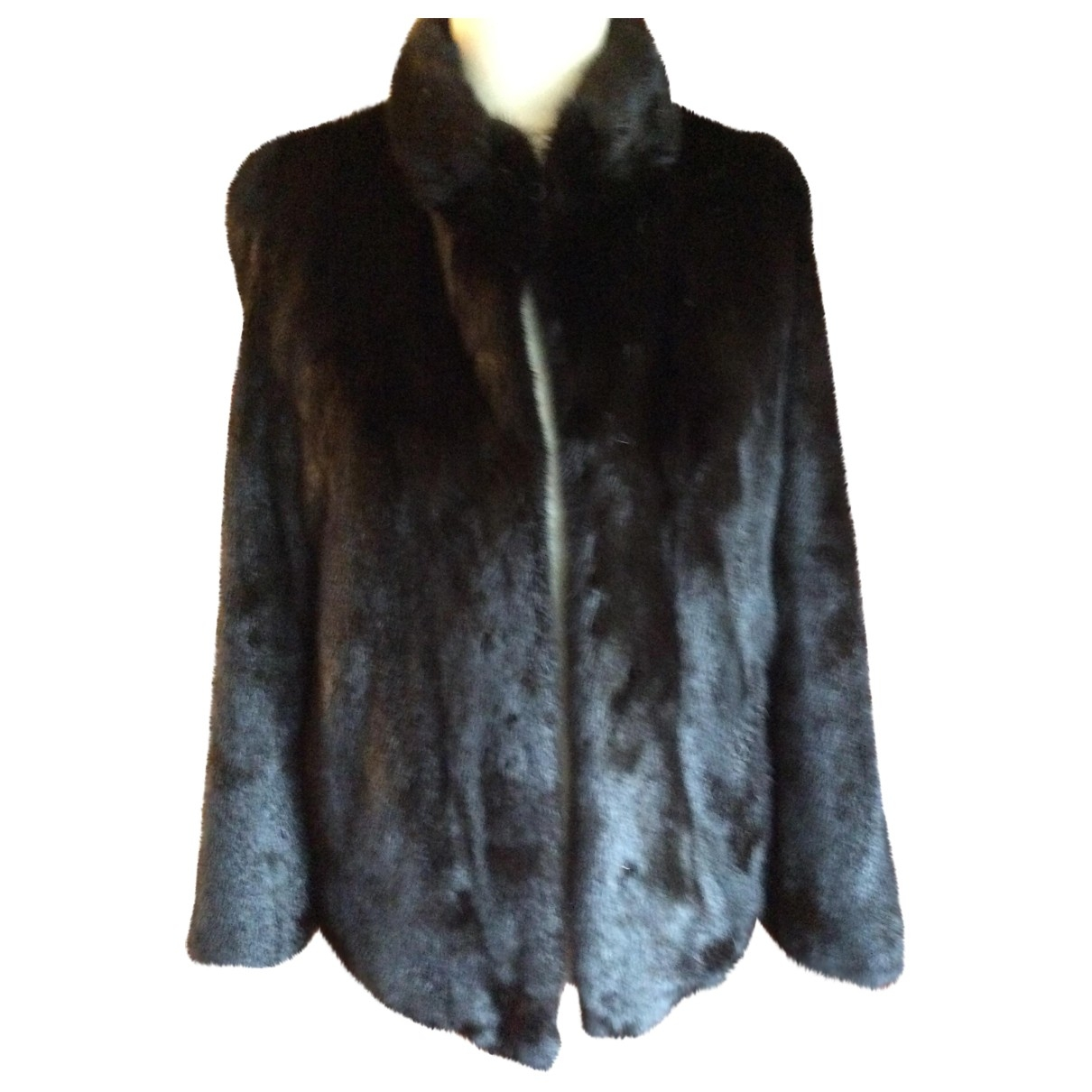 Non Signé / Unsigned \N Black Fur jacket for Women 44 FR