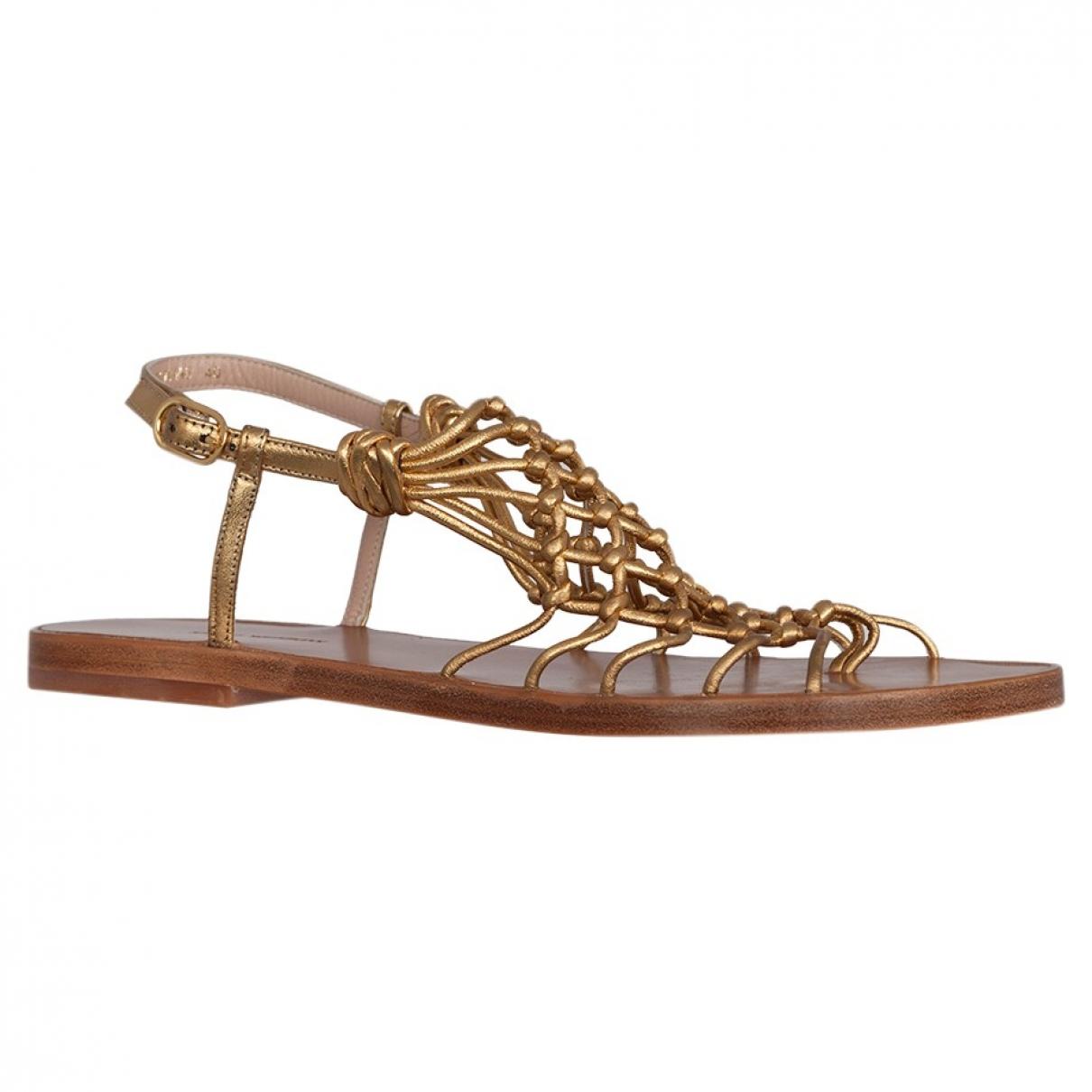 Stuart Weitzman \N Yellow Leather Sandals for Women 41 EU