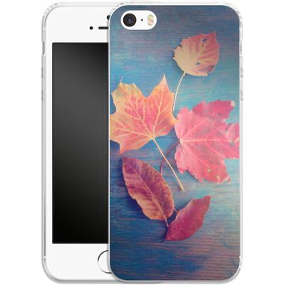Apple iPhone 5 Silikon Handyhuelle - The Colors Of Autumn von Joy StClaire