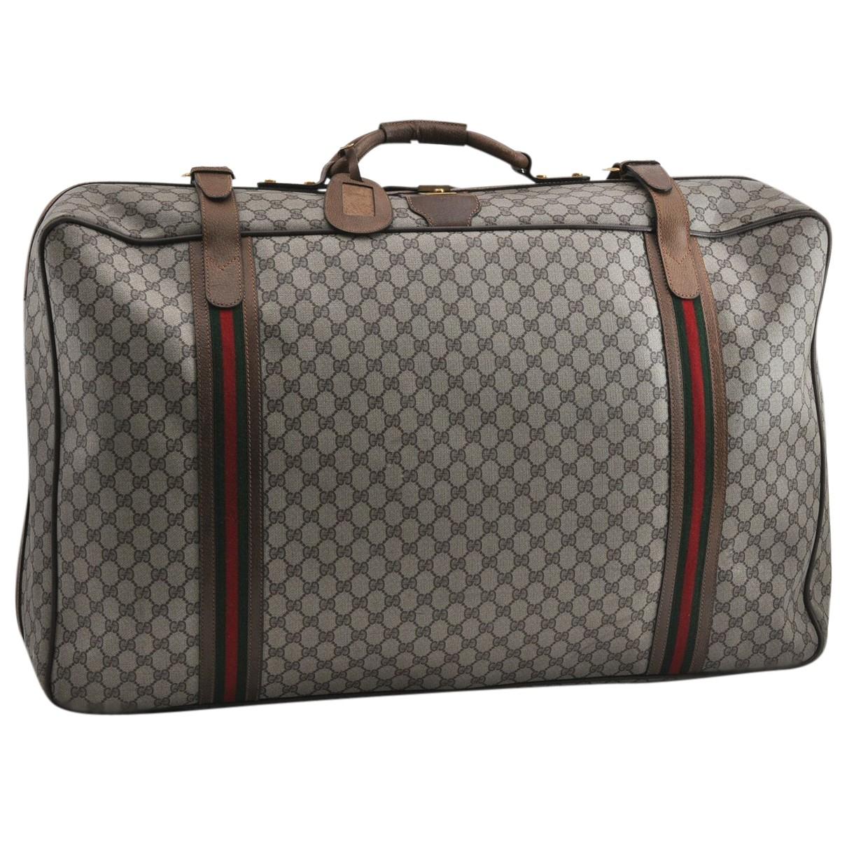 Gucci \N Reisetasche in  Braun Leinen