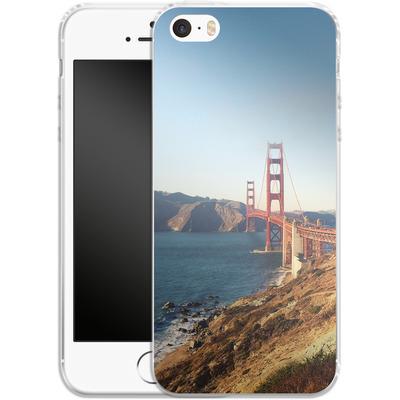 Apple iPhone SE Silikon Handyhuelle - Golden Gate Galore von Omid Scheybani