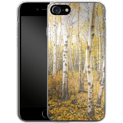 Apple iPhone 7 Silikon Handyhuelle - Fallen Leaves von Joy StClaire