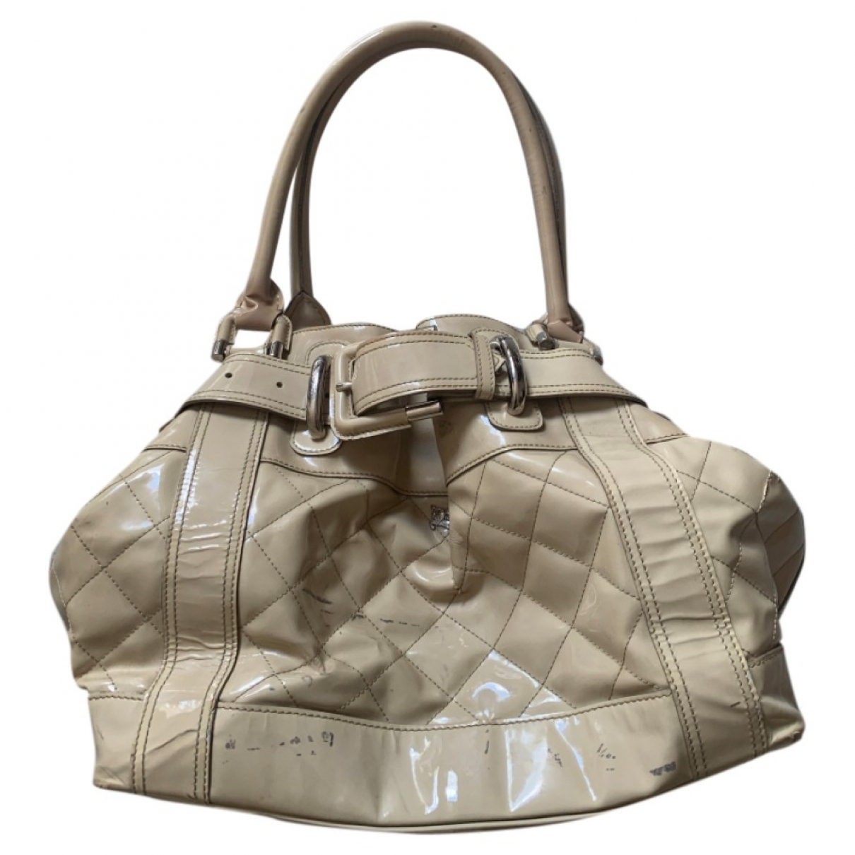 Burberry \N Beige Patent leather handbag for Women \N