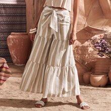 Hose mit Band vorn, Streifen und breitem Beinschnitt