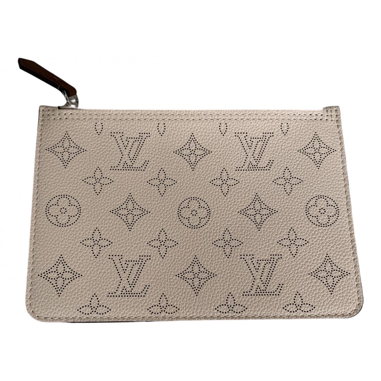 Pochette Mahina de Cuero Louis Vuitton