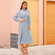 Kleid mit Laternenhuelse, Band vorn und elastischer Taille