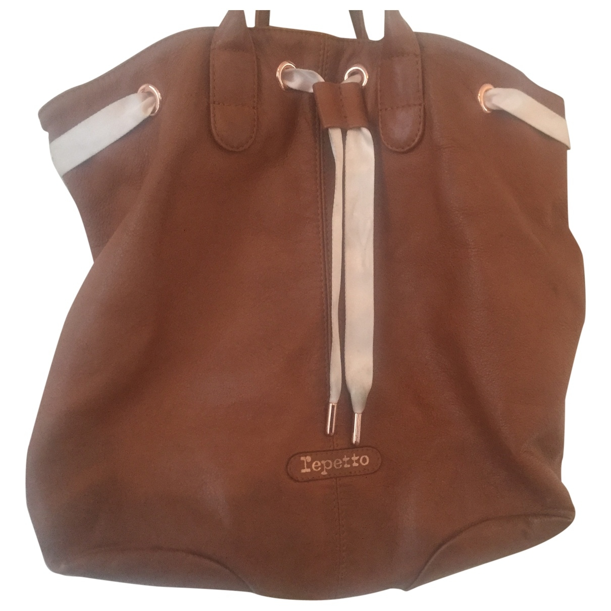 Repetto \N Camel Leather handbag for Women \N