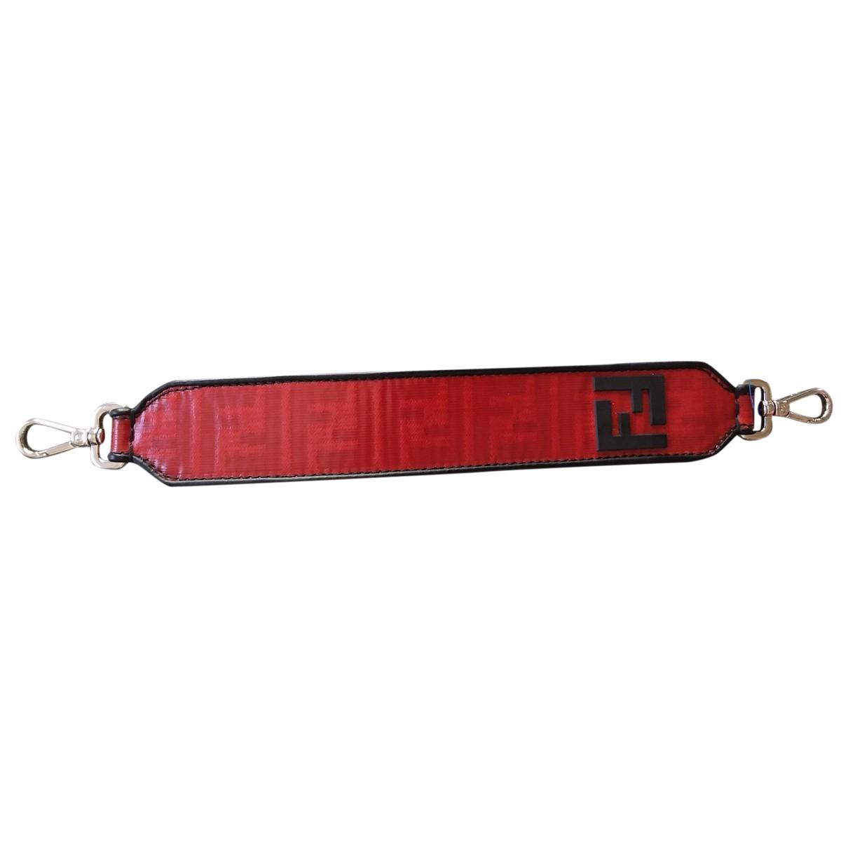 Fendi \N Kleinlederwaren in  Rot Leder