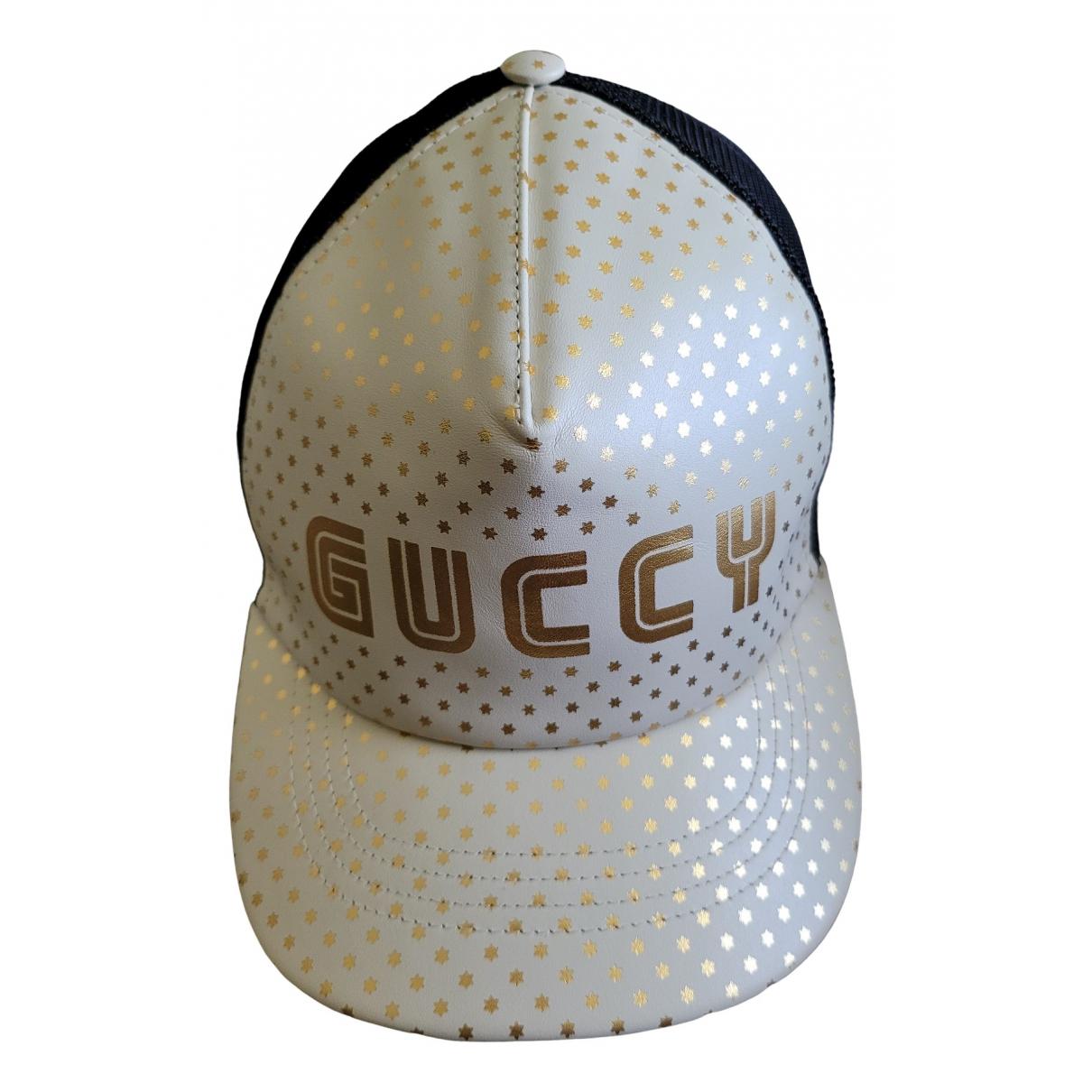 Gucci \N Hut, Muetzen in  Weiss Lackleder