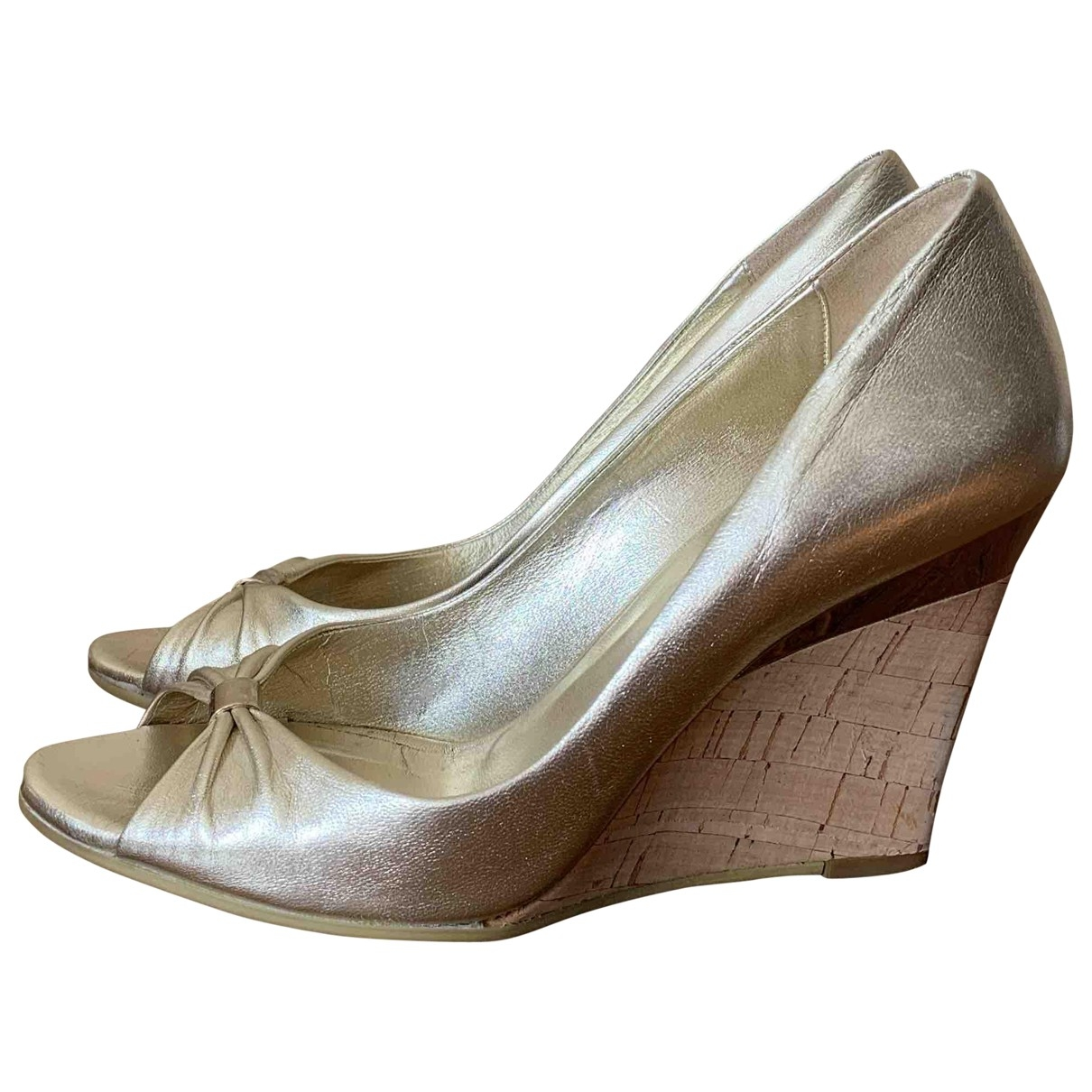 Gucci \N Beige Leather Heels for Women 36.5 EU