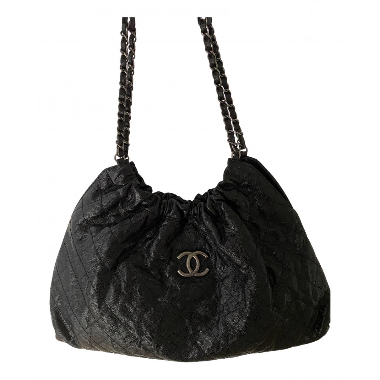Chanel N Black Leather handbag for Women N