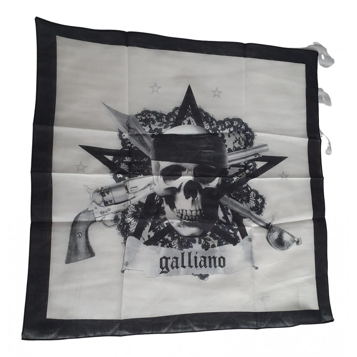 Cuello Galliano