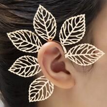 Leaf Decor Ear Climber