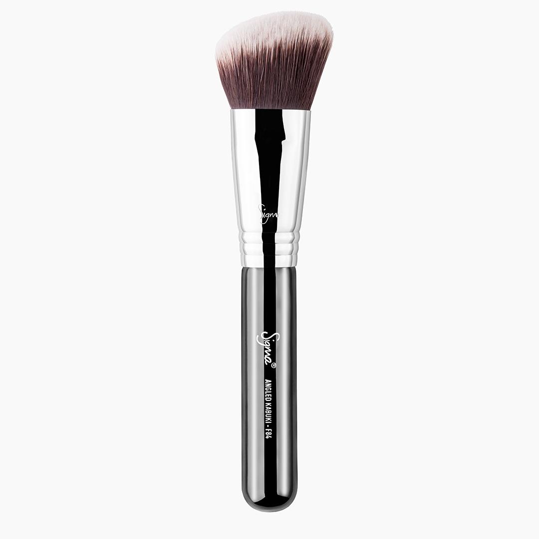F84 Angled Kabuki Brush