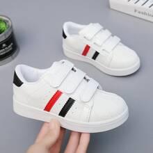 Zapatos de patin de niñitas con tira velcro
