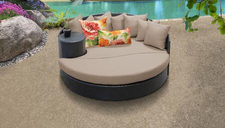 Belle Collection BELLE-SUN-BED-WHEAT 1 Sun Bed with 4 Large pillows   3 Regular pillows - 2 Sets of Wheat