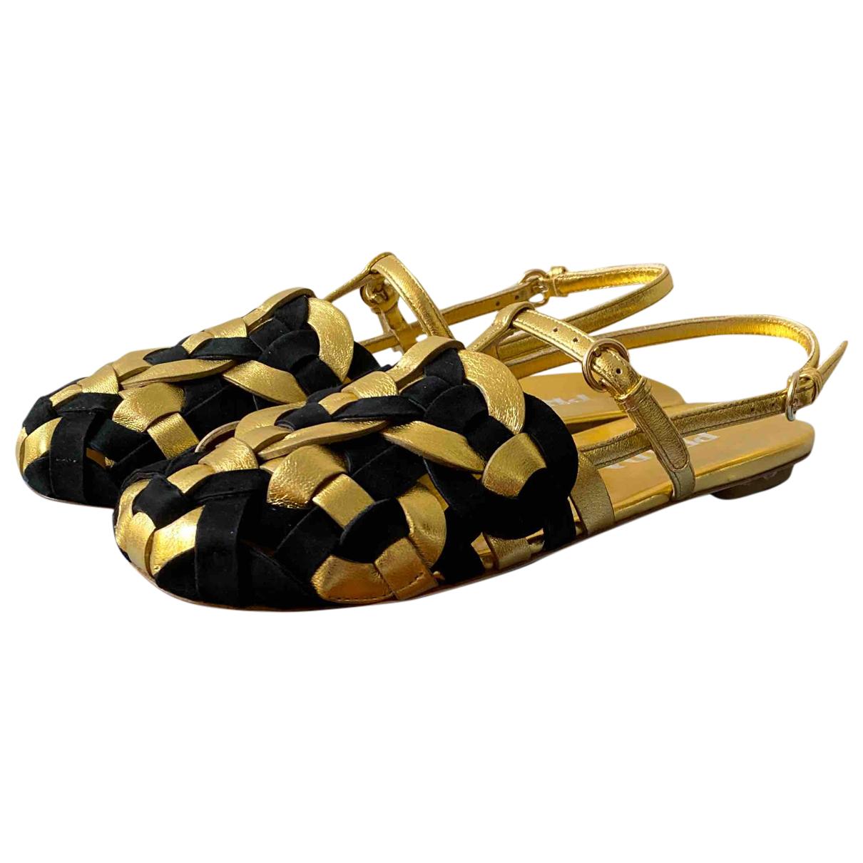 Prada \N Sandalen in  Gold Leder
