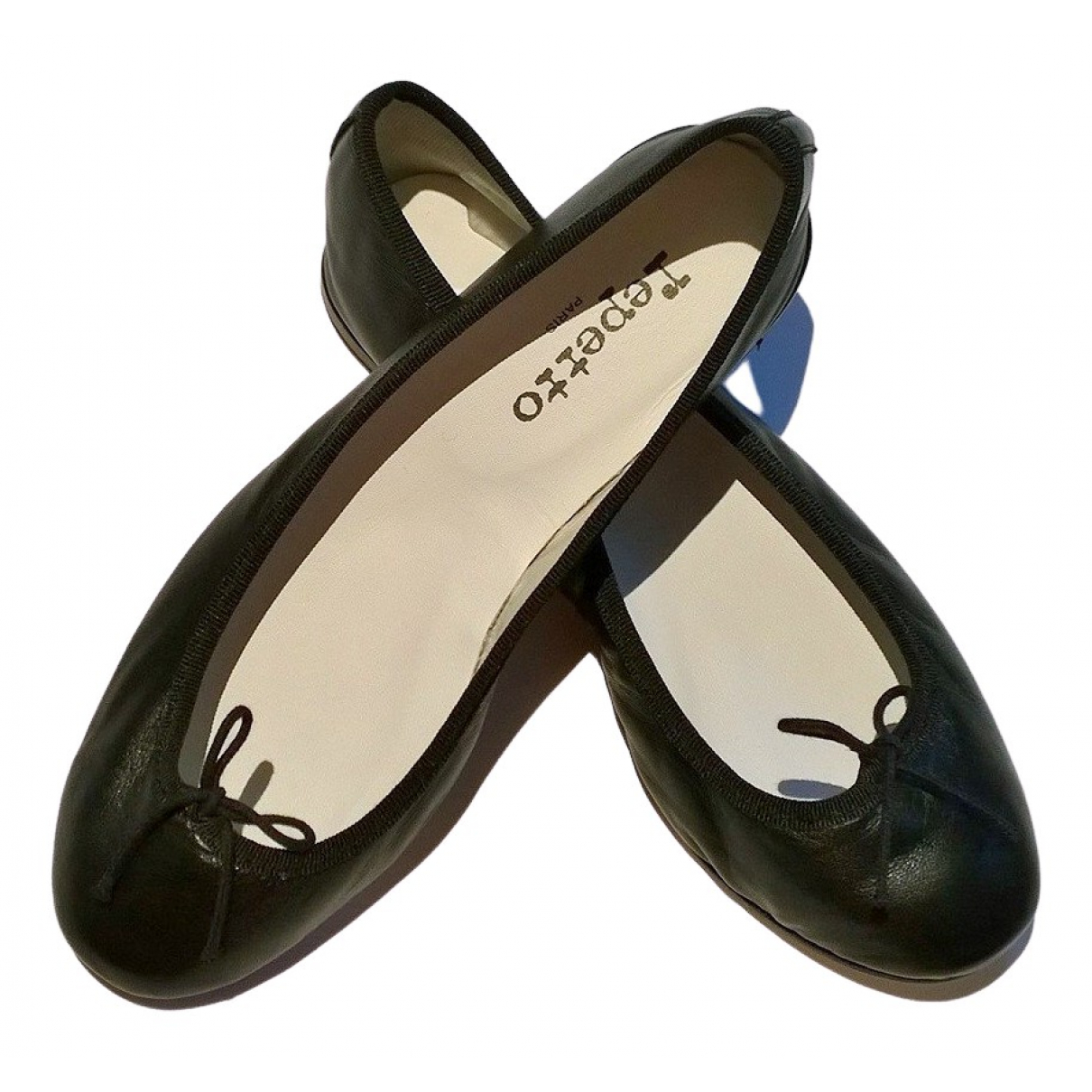 Repetto \N Black Leather Ballet flats for Women 36 EU