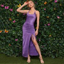 Kleid mit Selbstband, offener Rueckseite, Kordelzug Detail und Schlitz