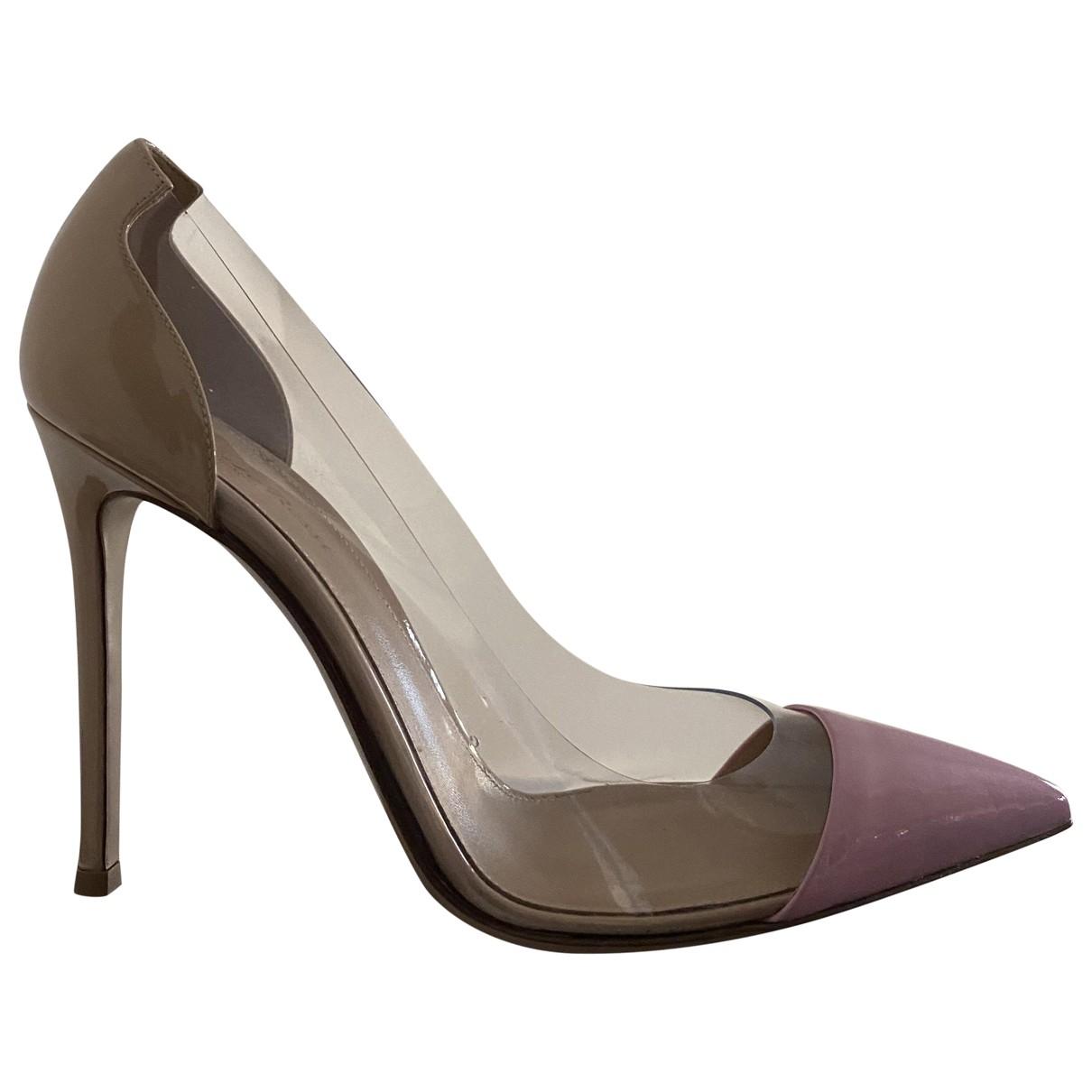 Gianvito Rossi - Escarpins Plexi pour femme en cuir verni - beige