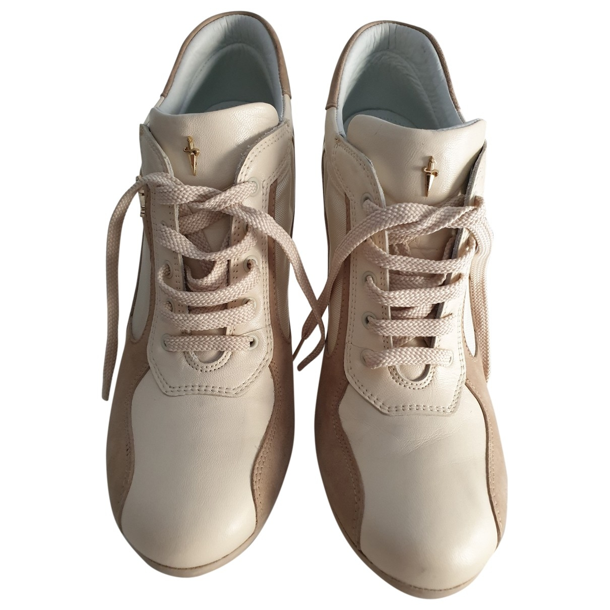 Cesare Paciotti \N Beige Leather Heels for Women 38 EU