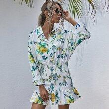 Hemdkleid mit Blumen Muster und Rueschenbesatz