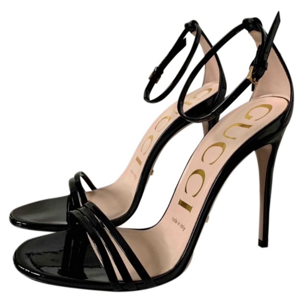 Gucci \N Sandalen in  Schwarz Lackleder