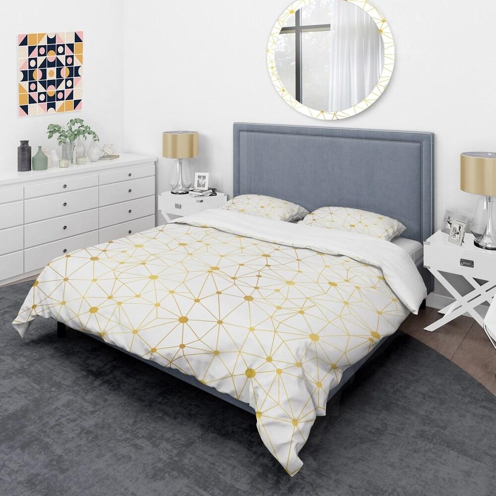 Designart 'Golden Grid I' Mid-Century Duvet Cover Set (Full/Queen Cover +2 Shams (comforter not included))