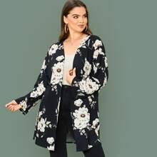 Ubergrosser Mantel mit Blumen Muster