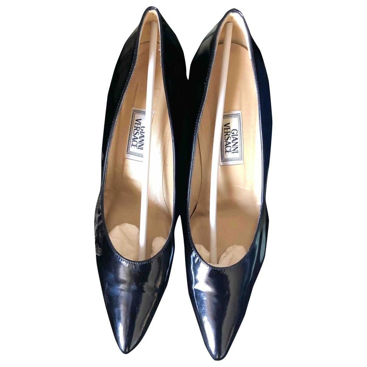 Gianni Versace - Escarpins   pour femme en cuir verni - noir