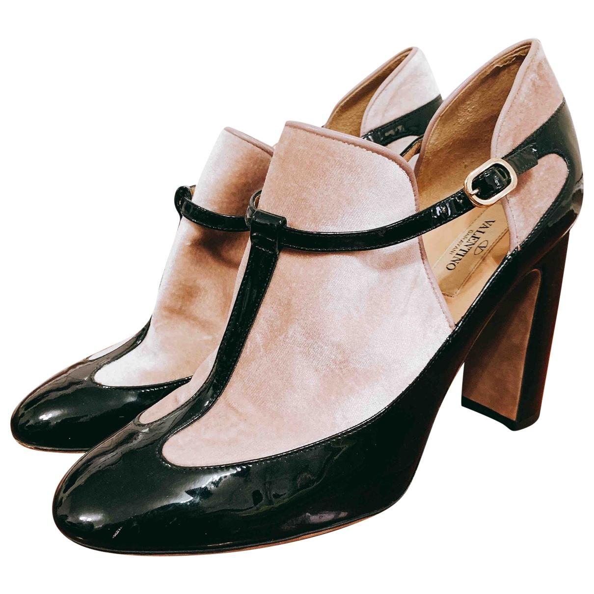 Valentino Garavani \N Black Patent leather Heels for Women 39 EU