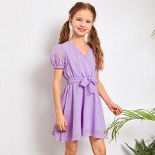 Kleid mit Puffaermeln, Selbstguertel und Punkten Muster