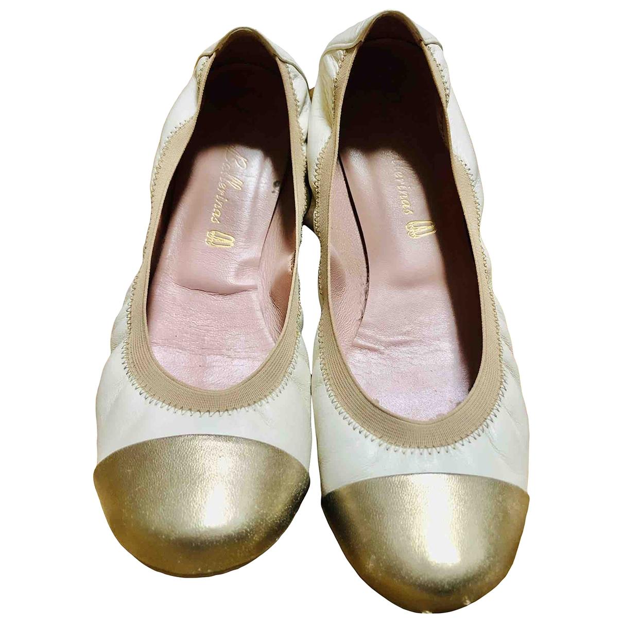 Pretty Ballerinas \N Beige Fur Ballet flats for Women 37 EU