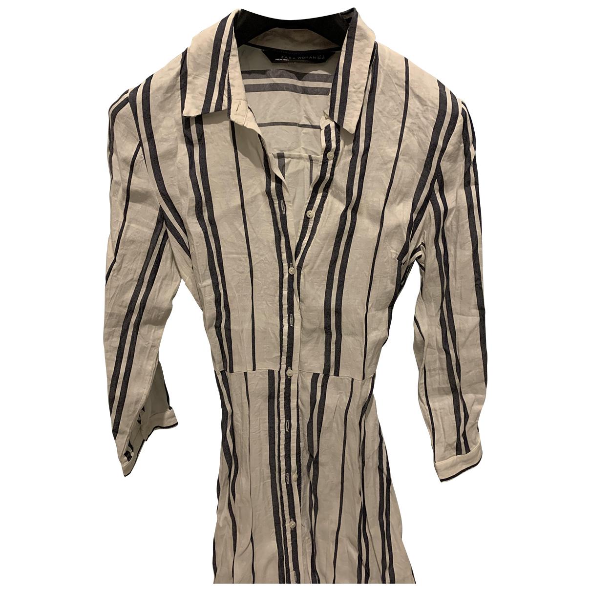 Vestido midi de Lino Zara